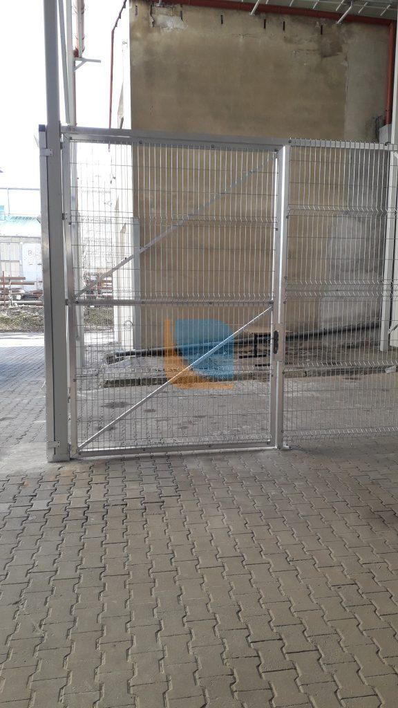 Drzwi spawane z aluminium w konstrukcji aluminiowej