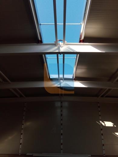 Otwór w dachu pod świetlik dachowy
