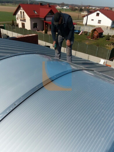 Świetlik dachowy montaż
