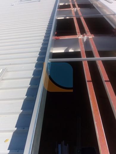 świetlik dachowy podczas realizacji